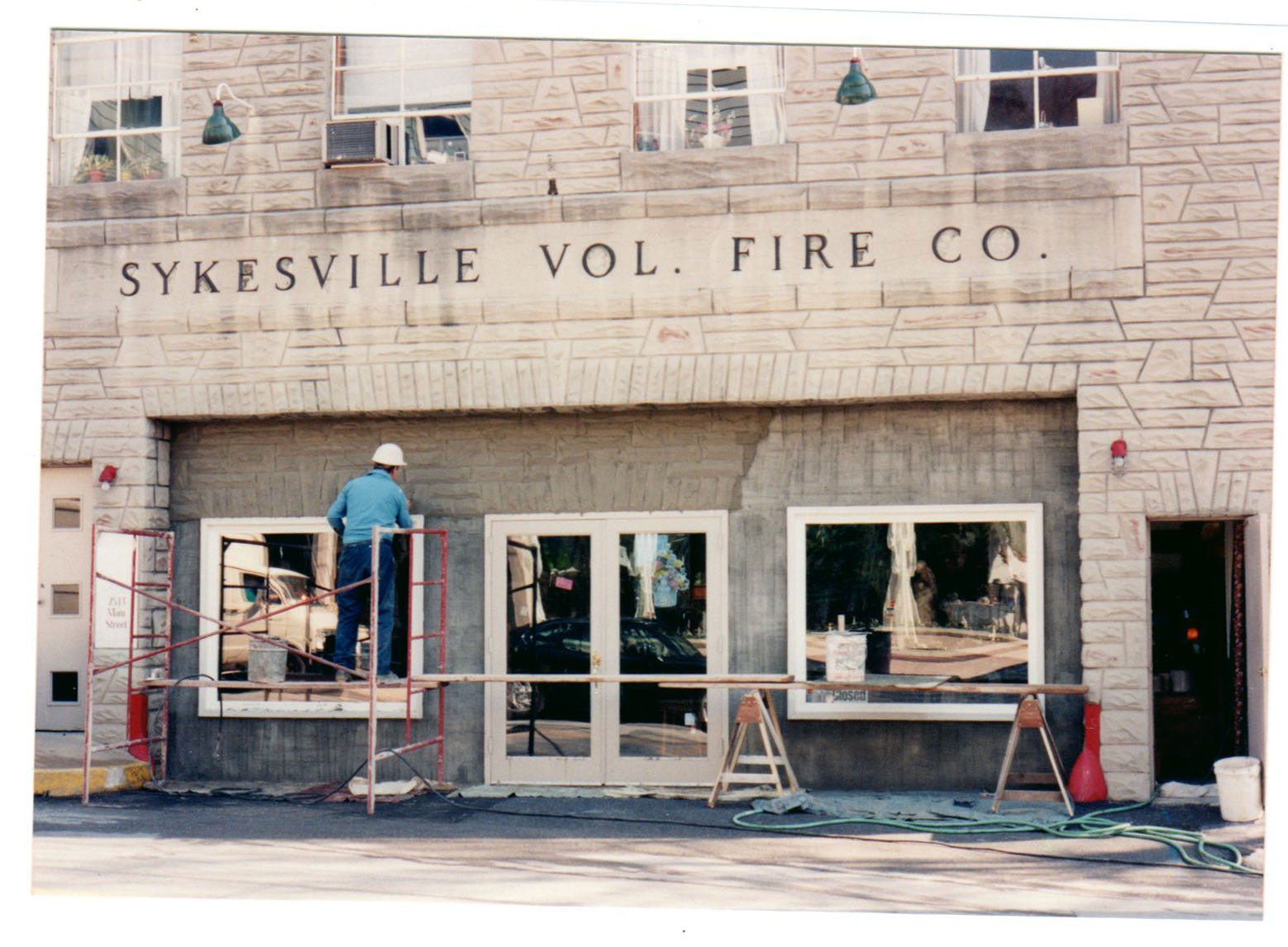 Firehouse in 1995 with last coat of paint